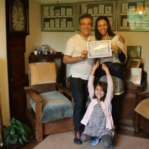 Henrique Vieira Filho entrega Certificado no Bach Centre